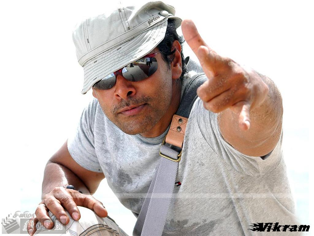 http://ghillitamilan.wapgem.com/tamil/actors/vikram/hot%20vikram.jpg